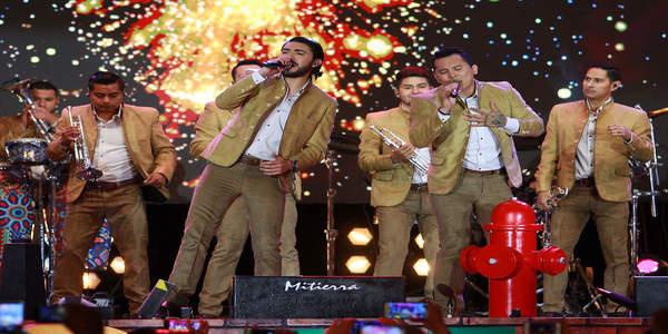Discografia La Trakalosa de Monterrey MEGA Completa